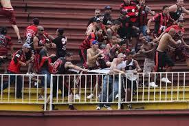 Brésil : un supporter tué et trois blessés