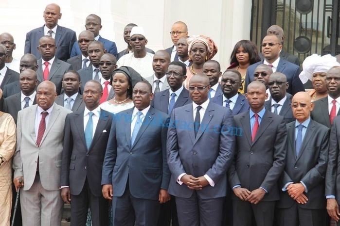 "Macky Sall exige ""  correcte exécution de ses projets "" à ses ministres"