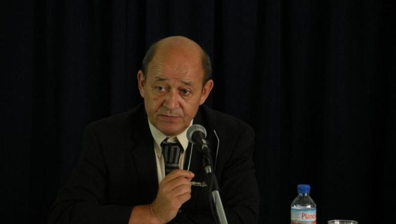 A Dakar, Jean-Yves Le Drian rêve d'un Davos de la sécurité en Afrique