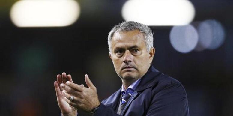 Manchester United- Chelsea : Mourinho prêt à «tacler» Di Maria !