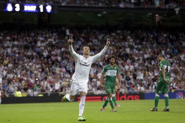 Liga : Ronaldo élu meilleur joueur de la saison 2013-2014