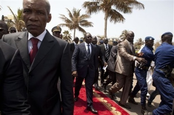 MACKY SALL reprend les airs pour le Congo