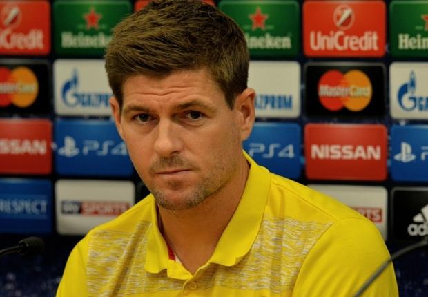 """Gerrard : """"Je jouerai la saison prochaine, à Liverpool ou ailleurs"""""""