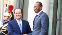 Le président du Burkina Faso, Blaise Compaoré, et le président François Hollande au sommet de l'Elysée, décembre 2013.