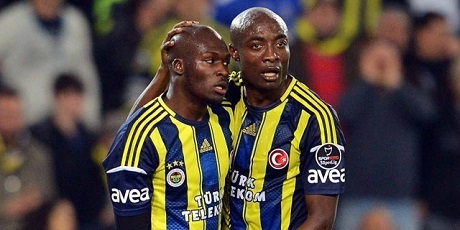 Fenerbahce- Besiktas (2-0) : Moussa Sow marque et bat Demba Ba