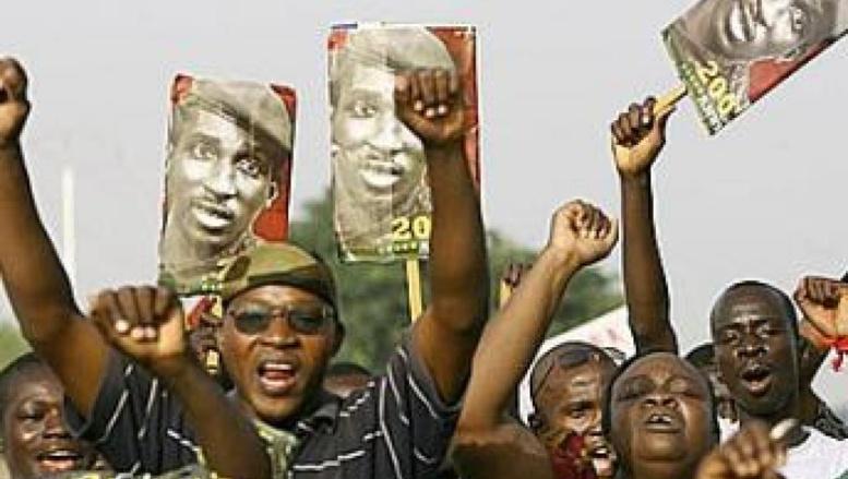 Au Burkina Faso, les noms de deux hommes mobilisent encore les foules (photo prise le 4 août 2010) : Norbert Zongo et Thomas Sankara. Tous deux assassinés dans des circonstances restées obscures.