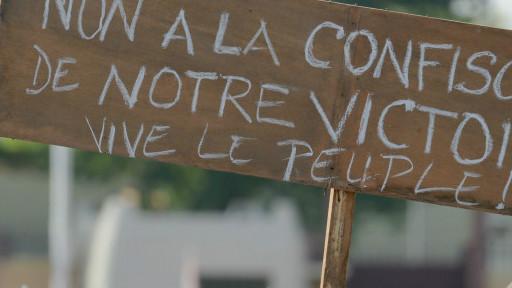 Les parties prenantes de la crise au Burkina Faso ont convenu d'une transition civile d'un an.