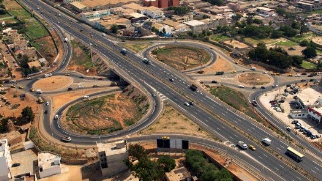DPG-Transport : 570 milliards pour les routes, Touba... bien servi