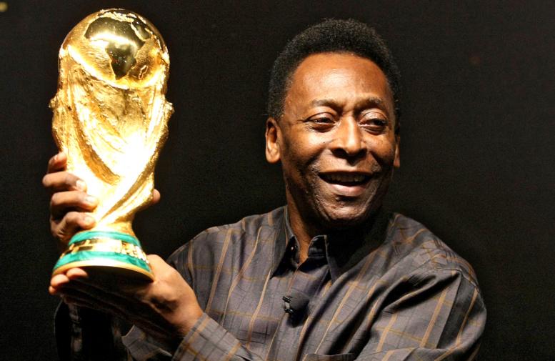 Brésil : Pelé hospitalisé