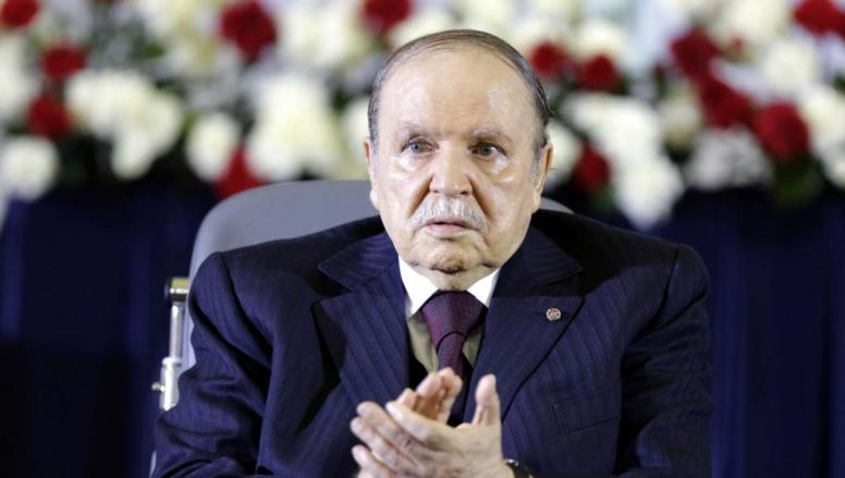Le président algérien, Abdelaziz Bouteflika lors de la prestation de serment pour son 4e mandat, le 28 avril 2014.