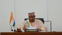 Hama Amadou alors à son poste de président de l'Assemblée nationale nigérienne, en novembre 2013. AFP PHOTO / ISSOUF SANOGO