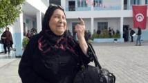 La participation au premier tour de la présidentielle en Tunisie a été moins importante que lors des législatives. AFP PHOTO / FETHI BELAID