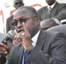 Le Sénégal perd 95 personnes en mer chaque année, Oumar Gueye accuse