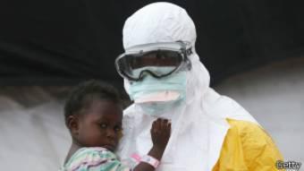 L'épidémie a déjà tué plus de 7300 personnes, notamment en Sierre Leone, en Guinée, et au Liberia.