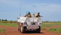 Dungu, district du Haut-Uélé, Province Orientale, en RDC. Des soldats de la paix du contingent marocain de la Monusco lors d'une patrouille aux abords de l'aéroport de Dungu. Photo MONUSCO/Force