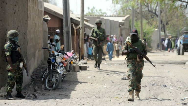 L'archevêque Ignatius Kaigama met en lumière l'inefficacité de l'armée nigériane face au groupe islamiste armé.