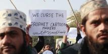 Heurts pendant une manifestation contre « Charlie Hebdo » à Karachi