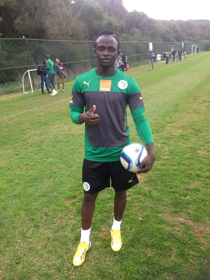 """#CAN2015 - Sadio Mané a joué au ballon: le meneur des Lions est """"apte"""", selon Giresse"""