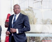 Macky Sall pique une colère contre Mankeur  Ndiaye