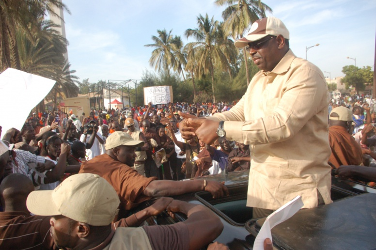 """Moustapha Fall """"Ché"""" de « Macky 2012 »: «Ils peuvent marcher, voler, danser mais Karim… »"""