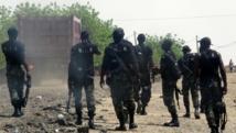 Des hommes du bataillon d'intervention rapide du Cameroun, dans la région de Waza en mai 2014. AFP PHOTO / REINNIER KAZE