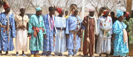 Le Saltigué Amadou Tidiane Diouf Prédit une épaisse noirceur dans le ciel, du sang humain à flot…