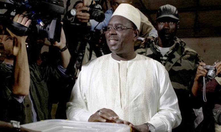 Macky Sall débauche 11 maires et Bacaye Diop sur le chemin de l'Apr !
