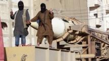 Militants de l'organisation Etat islamique dans la région de Raqqa, en Syrie, juin 2014. REUTERS/Stringer