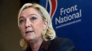 Elections départementales: Le FN arriverait largement en tête, selon un sondage