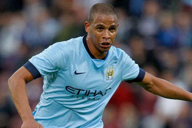 Man City : Fernando lance une pique à Chelsea