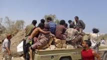 Ce camion est chargé de munitions volées dans des entrepôts d'armes à Aden, le 27 mars 2015. REUTERS/Anees Manousr