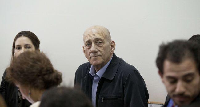 Israël : l'ex-premier ministre Ehud Olmert reconnu coupable de corruption