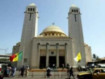 Célébration de la fête de Pâque : le vicaire général de Dakar appelle les fidèles à s'aimer.