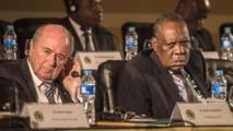 Hayatou réaffirme son soutien à Blatter