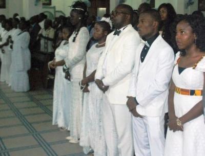 Pâques 2015 : 2.367 baptêmes et mariages célébrés dans l'Archidiocèse de Dakar