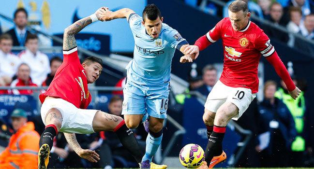 Le derby mancunien captive Chelsea et Arsenal