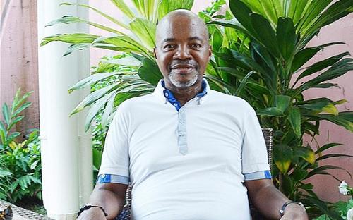 Gabon:La mort d'André Mba Obame occasionne de violentes émeutes