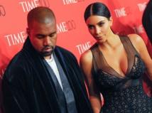 PHOTOS Kanye West et Kim Kardashian : une femme tombe à leurs pieds, ils restent impassibles