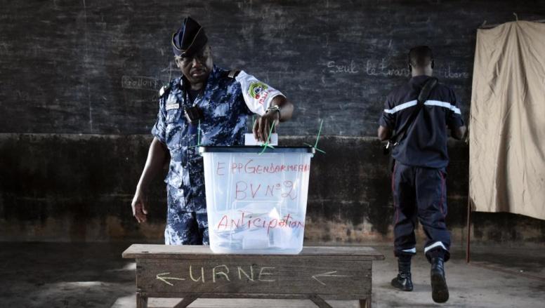 Election présidentielle au Togo: cinq hommes pour un fauteuil