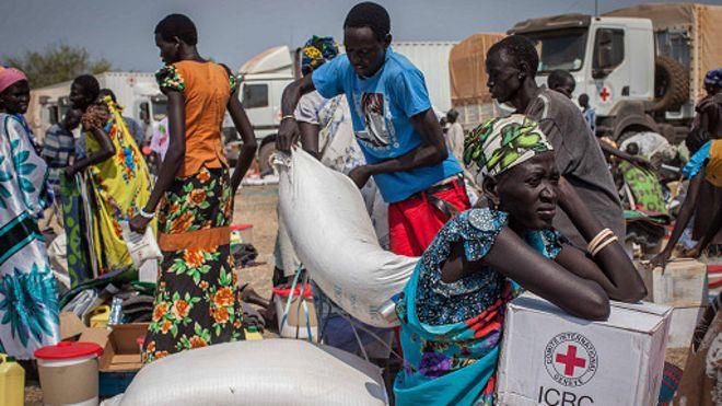 Distribution d'aide humanitaire au Soudan du Sud.