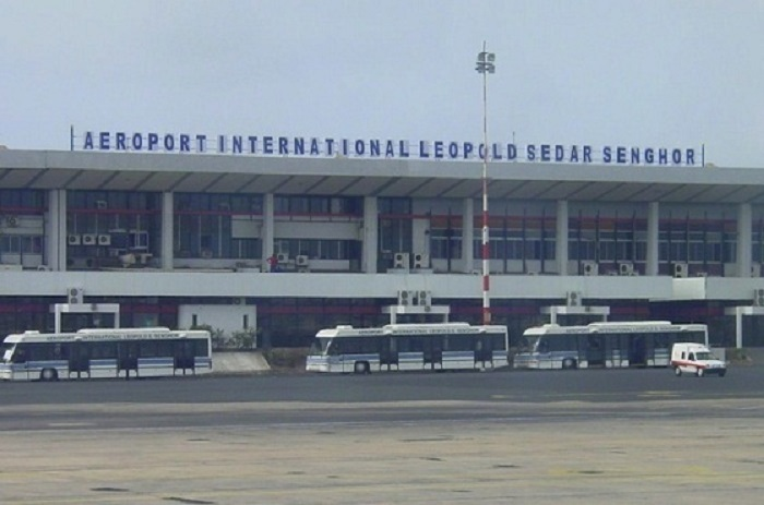 Deux Libyens retenus à l'aéroport de Yoff