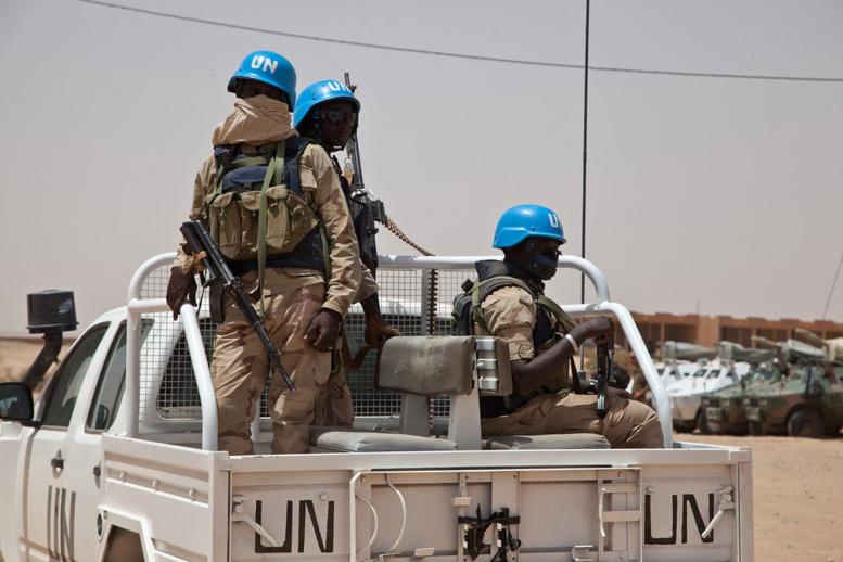 Mali : une mine explose au passage du convoi du chef des Casques bleus, 3 blessés