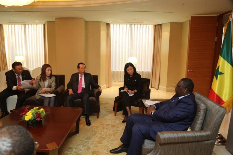 En visite en Corée du  Sud, Macky Sall vante le potentiel économique du Sénégal