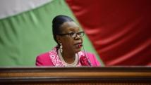 Parmi les nombreux défis auxquels doit faire face le gouvernement de transition de Catherine Samba-Panza, le manque d'argent est le problème majeur. AFP PHOTO / Eric FEFERBERG