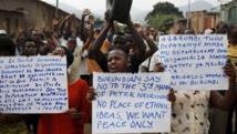 Des opposants au président burundais, Pierre Nkurunziza, à Bujumbura, le 4 juin 2015. REUTERS/Goran Tomasevic