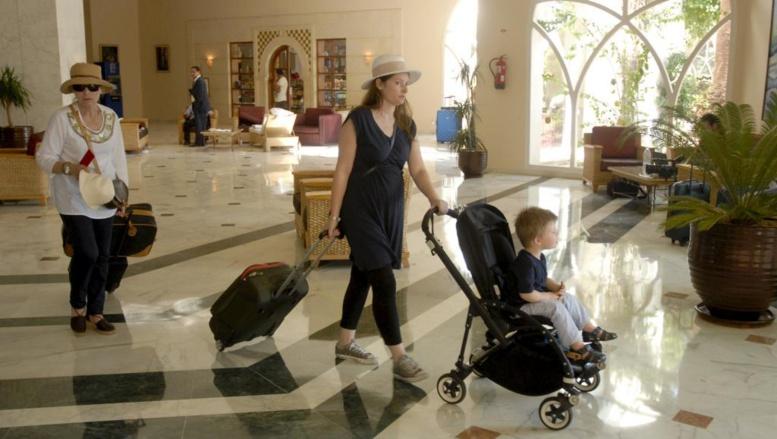Après l'attentat meurtrier du 26 juin à l'hôtel Imperial Marhaba près de Sousse, les touristes sont peu à peu rapatriés. REUTERS/stringer