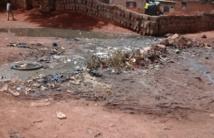 A Hamdallaye, à l'Ouest de Bamako, les habitants cohabitent avec les ordures ménagères