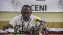 Le président de la Céni Pierre Claver Ndayicariye a tenu a rassurer la population sur la situation sécuritaire au Burundi et appelé les électeurs à se rendre aux urnes le 29 juin. Ici, lors d'une conférence de presse la veille des élections. AFP PHOTO / LANDRY NSHIMIYE