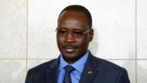 Le Premier ministre burkinabè Isaac Zida la garde présidentielle.