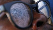 La liste des votants du bureau de Bogoro, lors des élections de juillet 2006 en RDC. AFP PHOTO / LIONEL HEALING